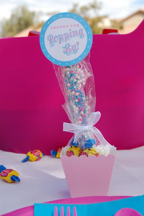 Candy Pretzel Favor